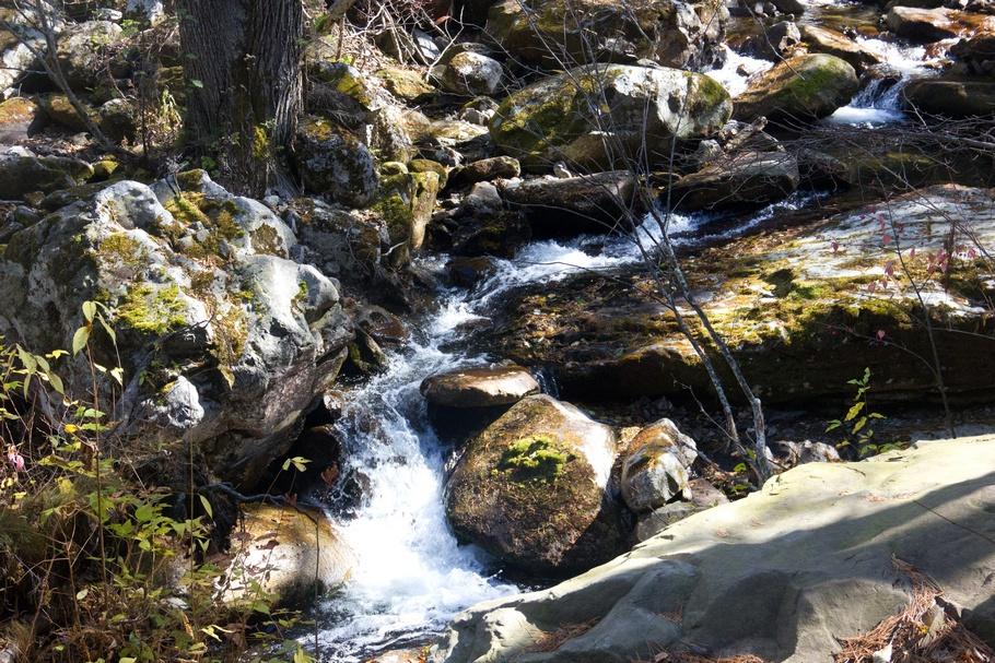 Осенние Смольные водопады